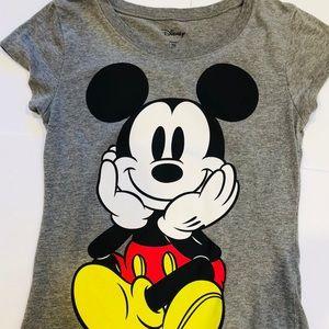 Disney gray graphic T Mickey Mouse Sz M(7-9)
